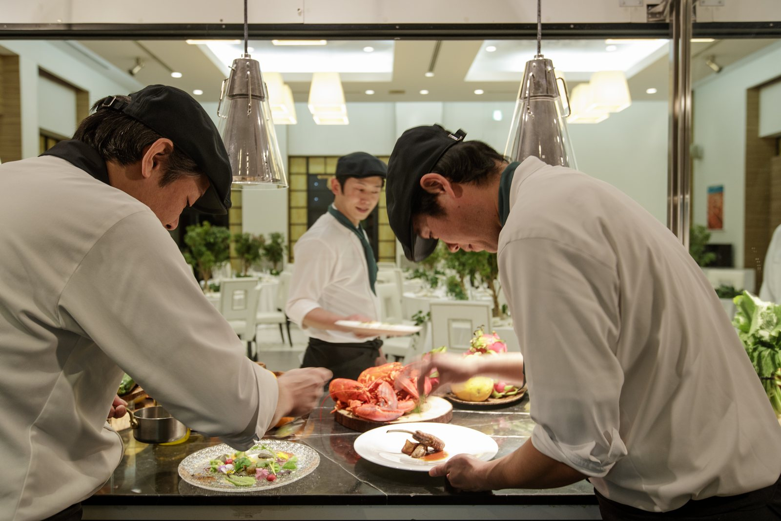香川県の結婚式場アイスタイルのオープンキッチン