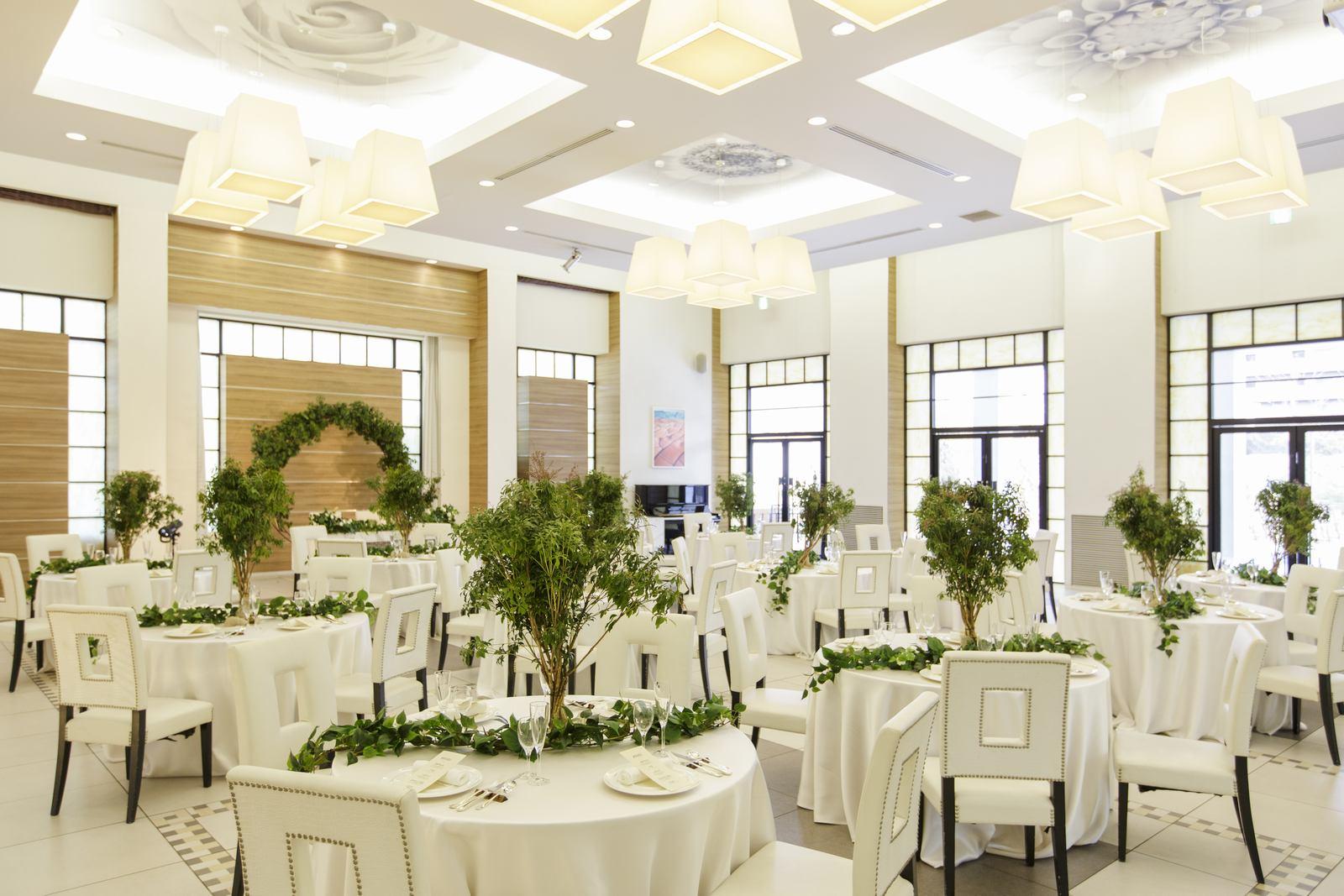 香川県の結婚式場アイスタイルの会場コーディネート