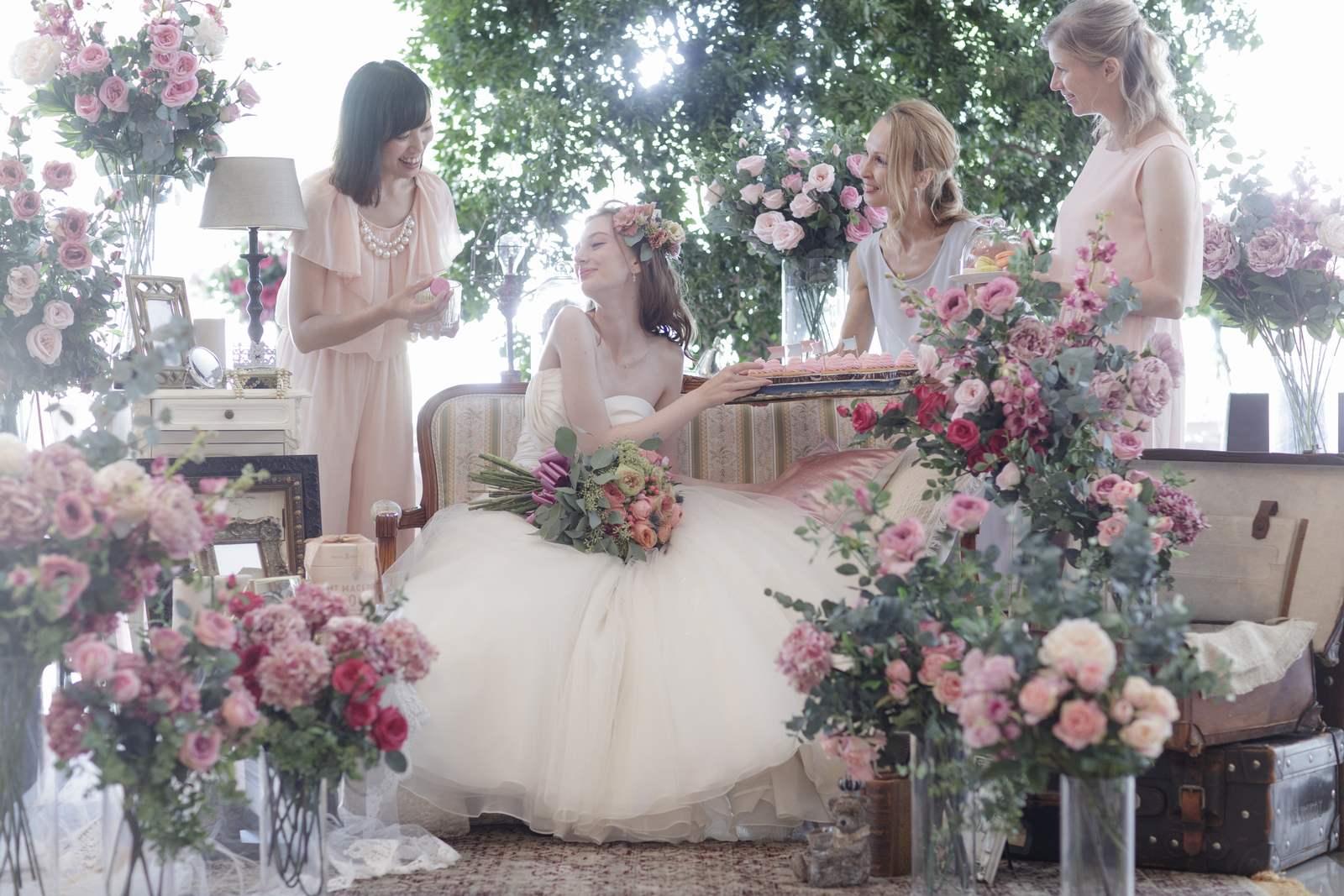 香川県の結婚式場シェルエメールのスイートLでの高砂イメージ