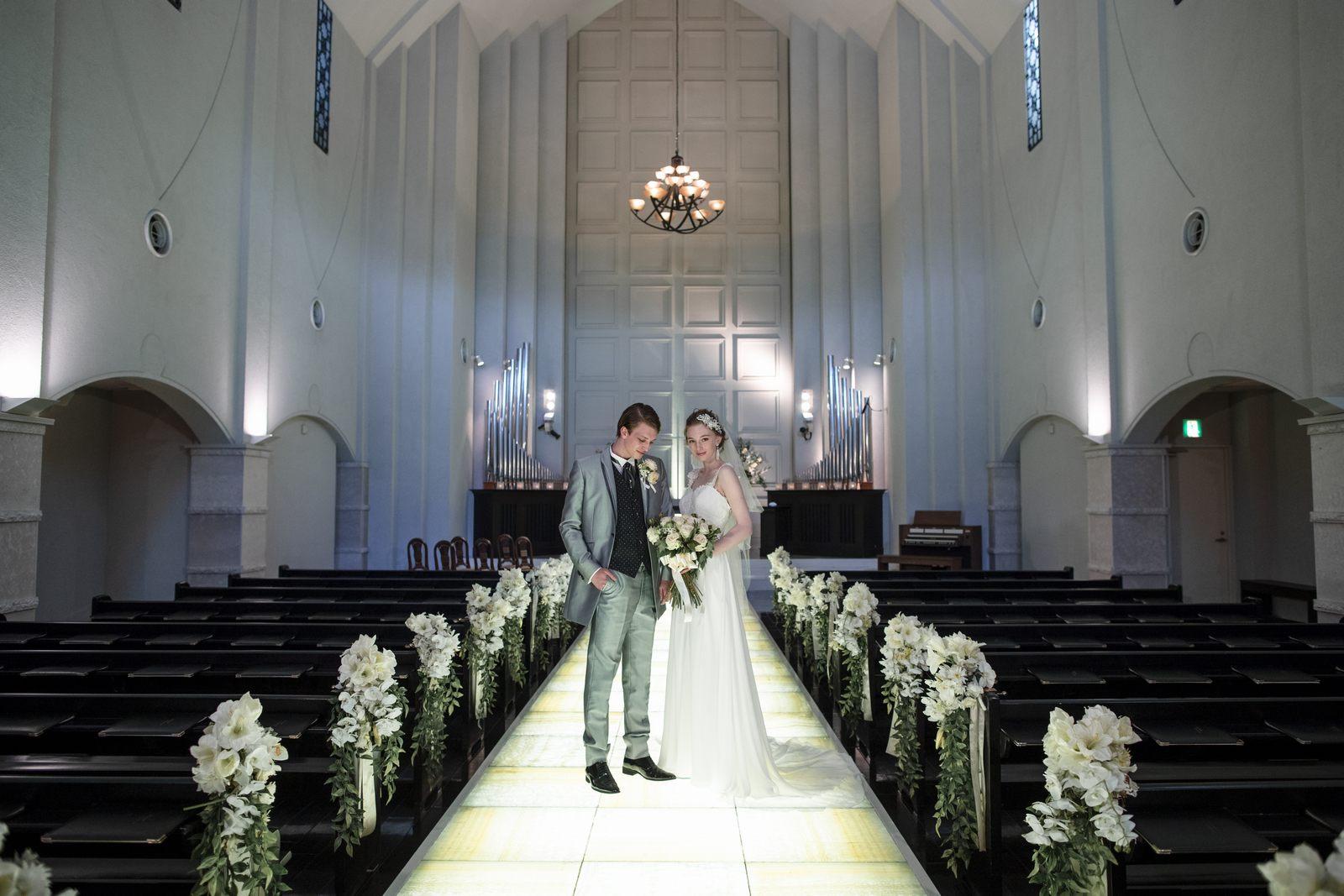 香川県の結婚式場シェルエメールのチャペル
