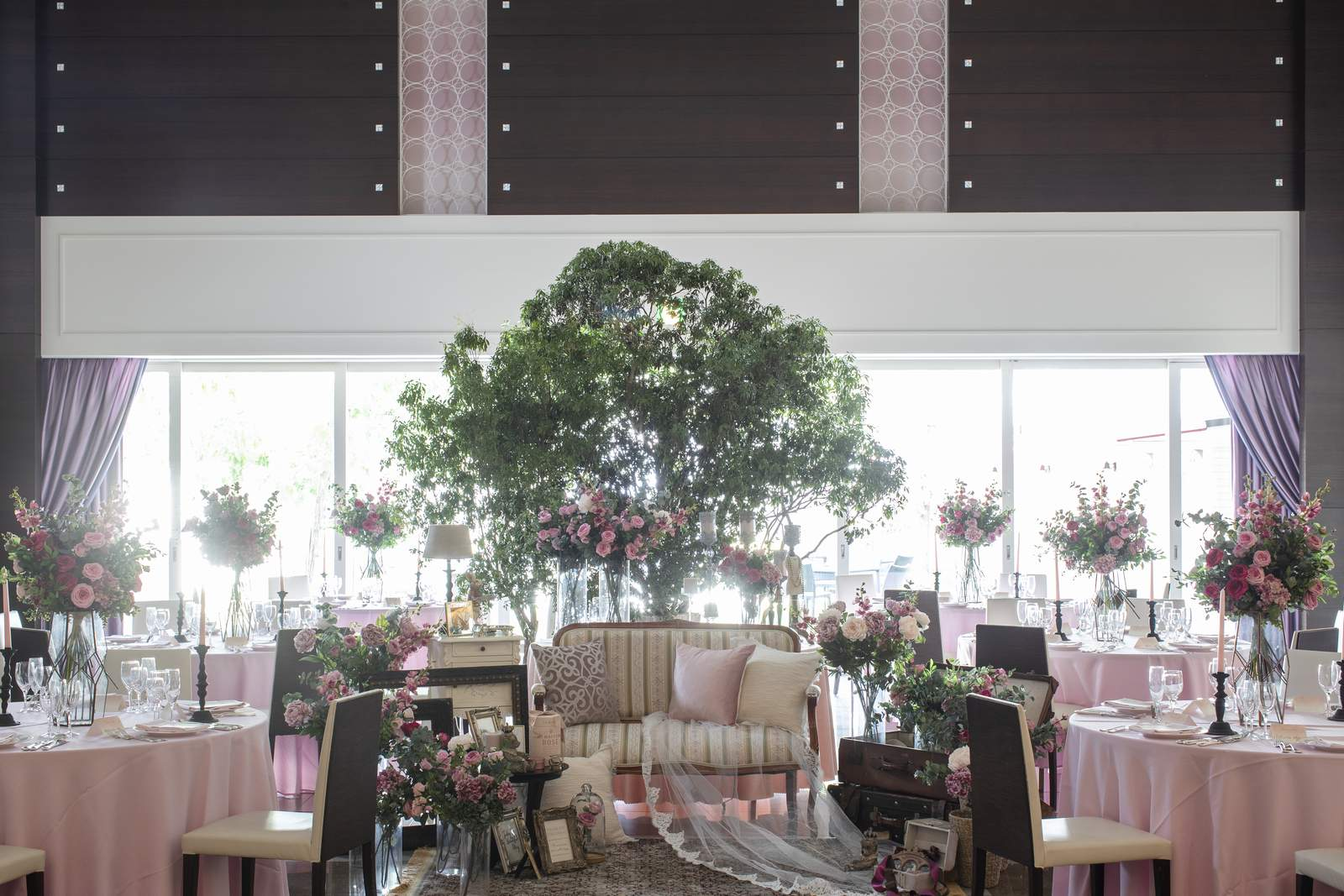 香川県の結婚式場シェルエメールのスイートLの会場コーディネート