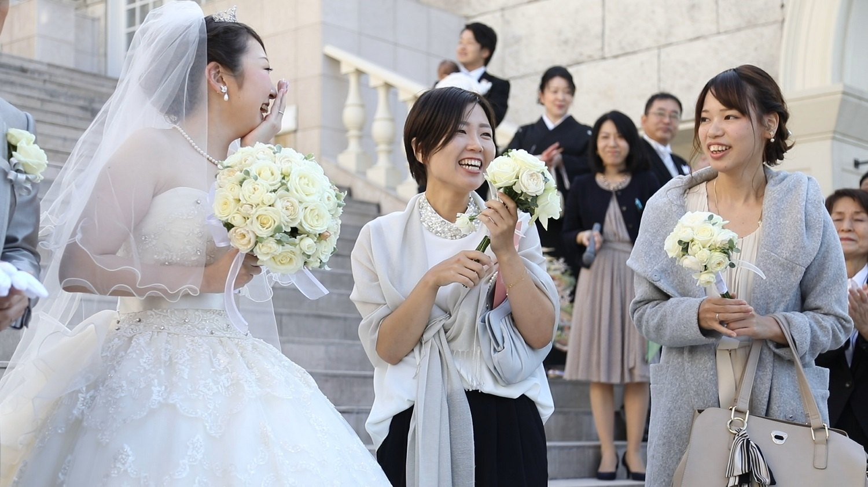 香川県の結婚式場シェルエメールでブーケをおすそ分け