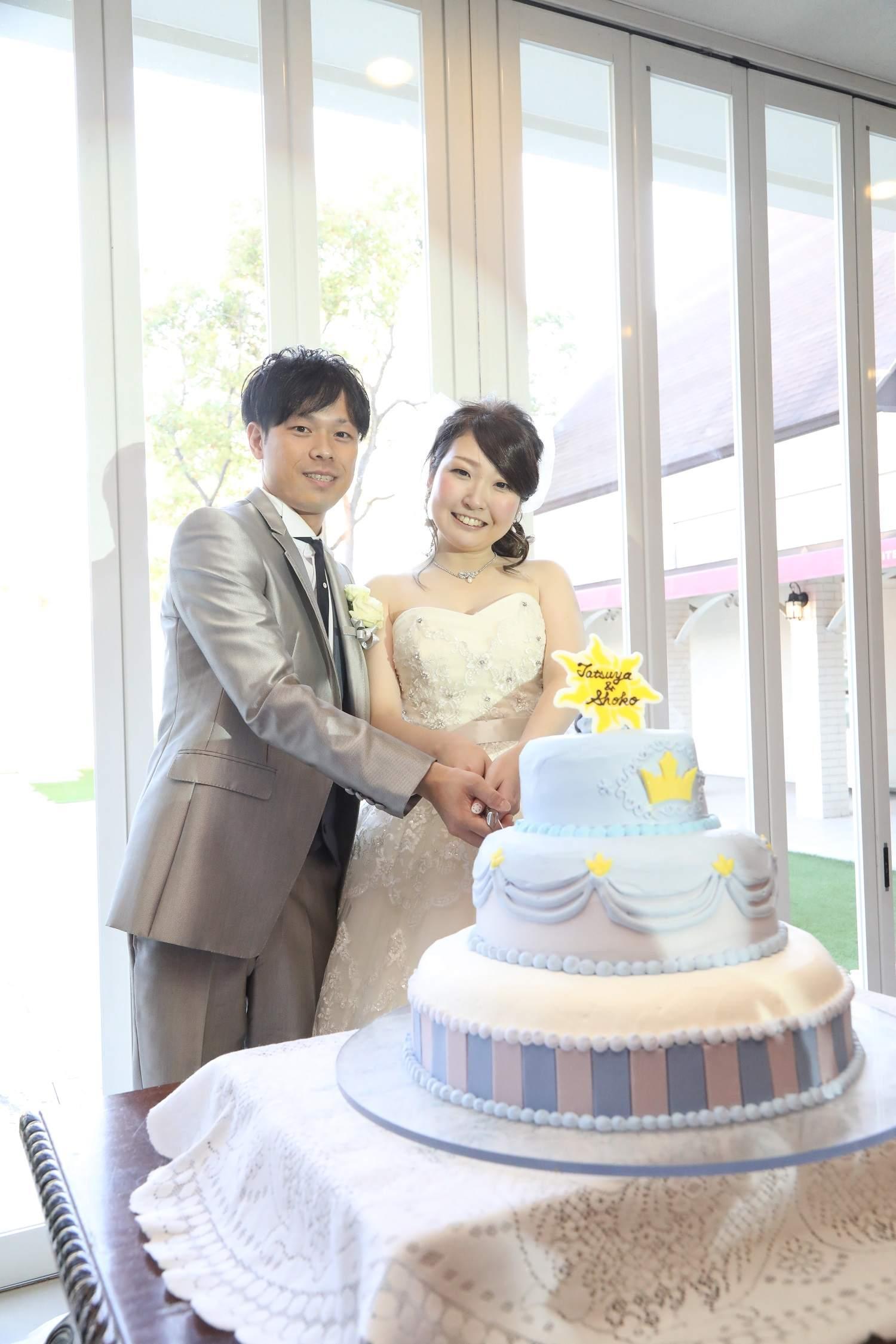 香川県の結婚式場シェルエメールのウエディングケーキ