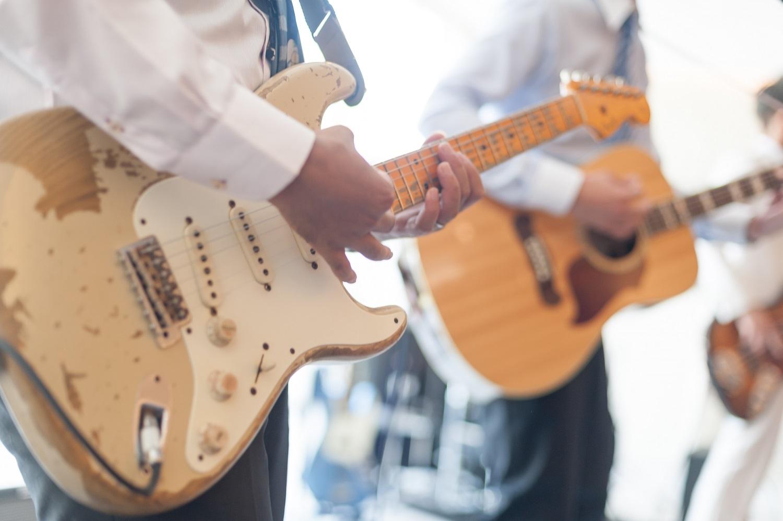 香川県の結婚式場シェルエメールで生演奏