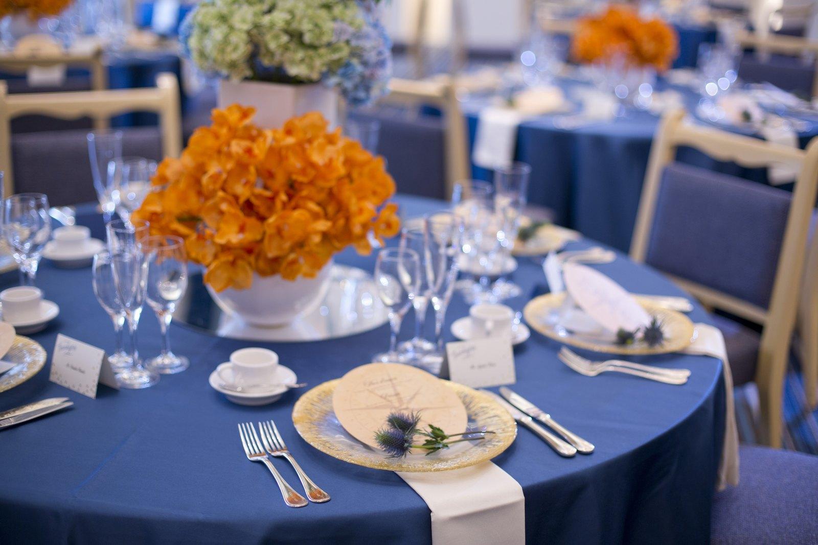 香川県の結婚式場シェルエメールのグラデートのテーブルコーディネート