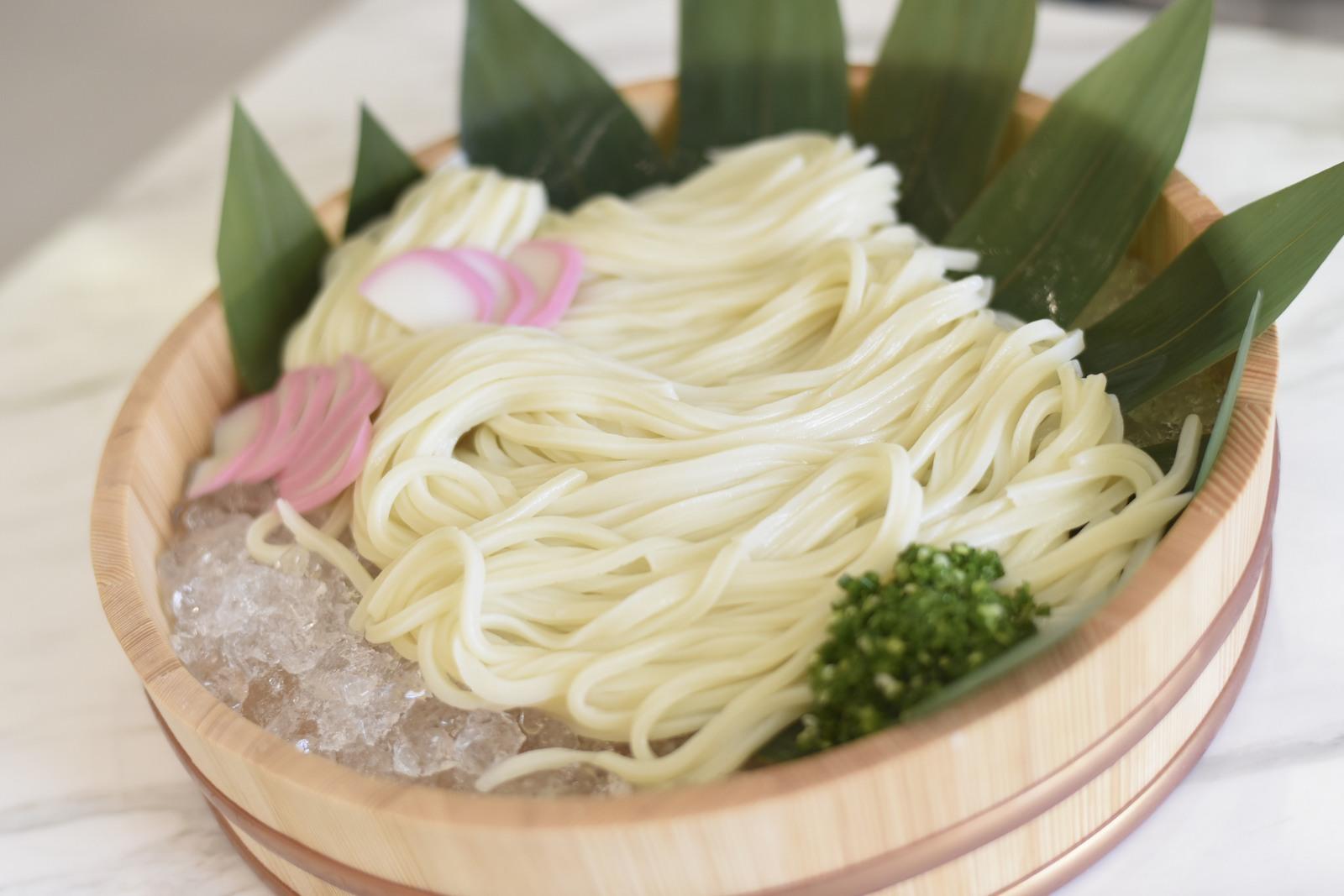 香川県の結婚式場シェルエメールで地元香川の讃岐うどんの演出