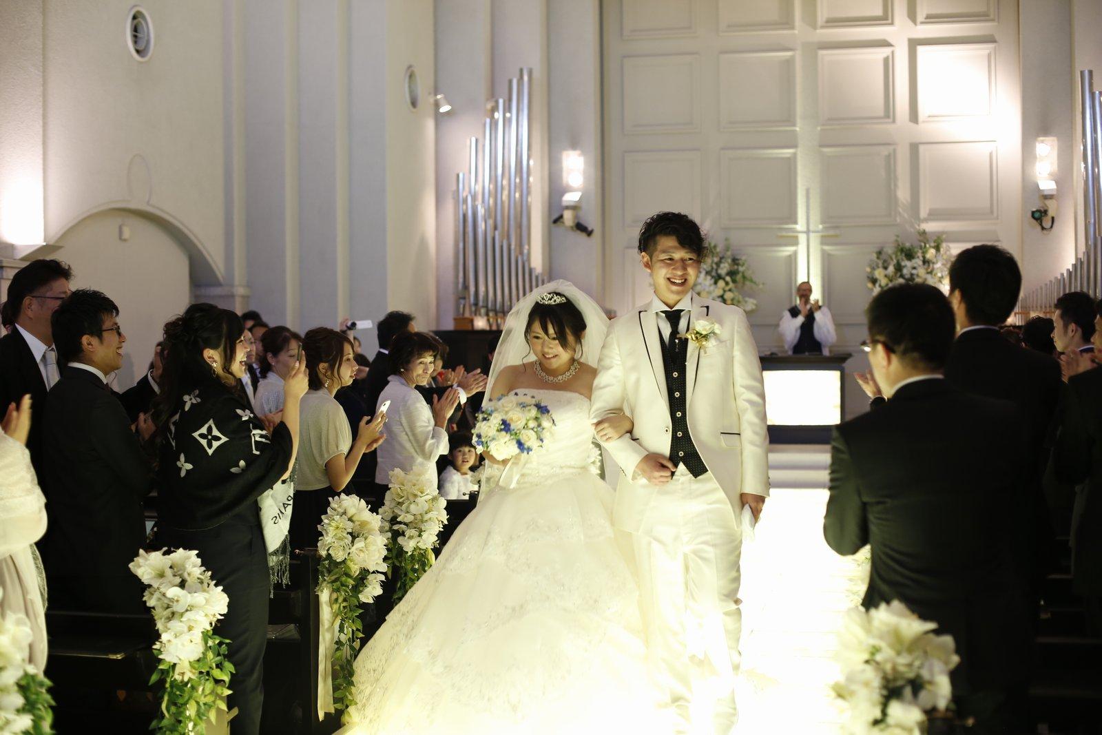香川県高松市の結婚式場シェルエメール&アイスタイル 退場