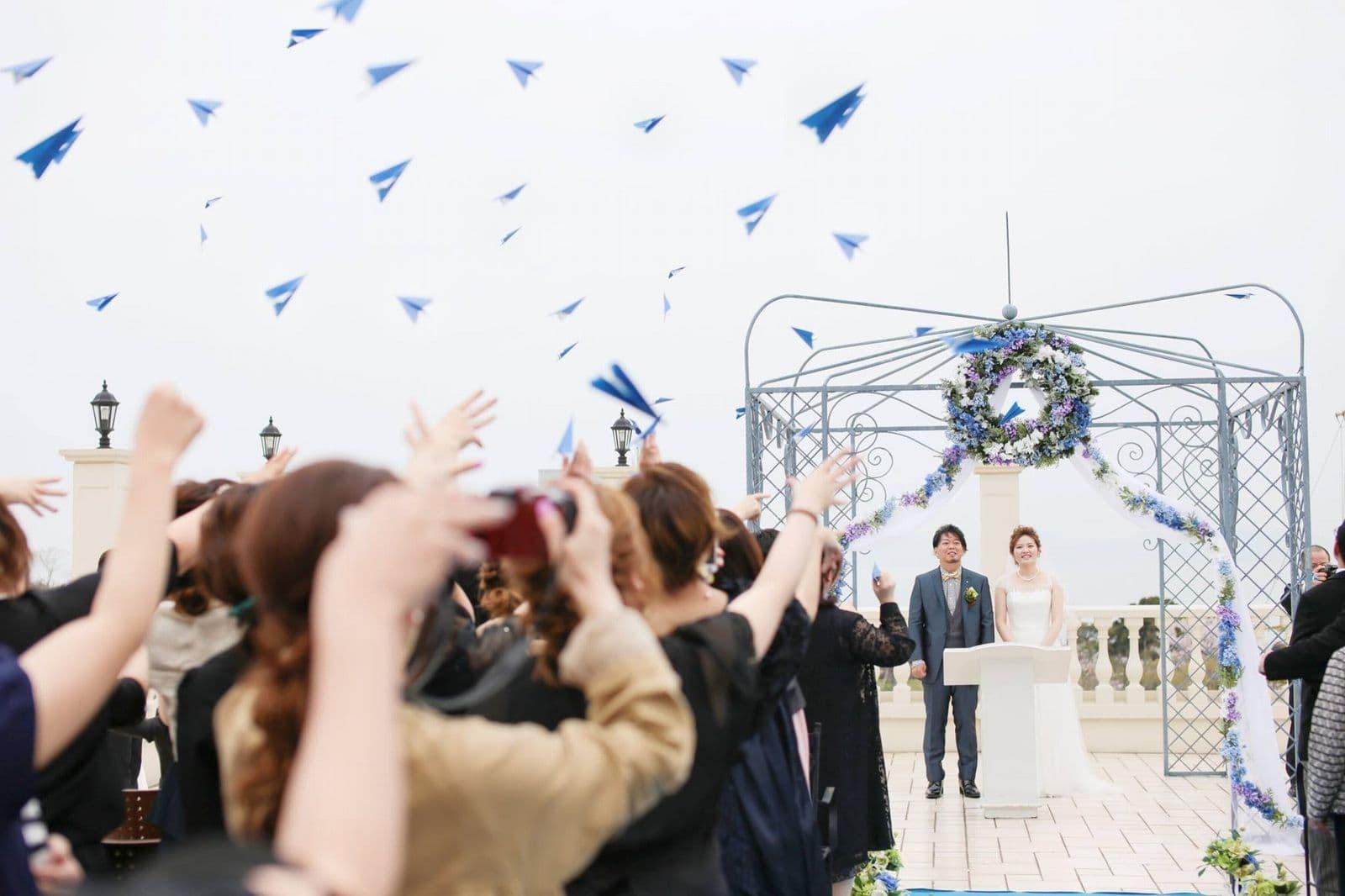 香川県の結婚式場シェルエメール&アイスタイル ガーデン挙式