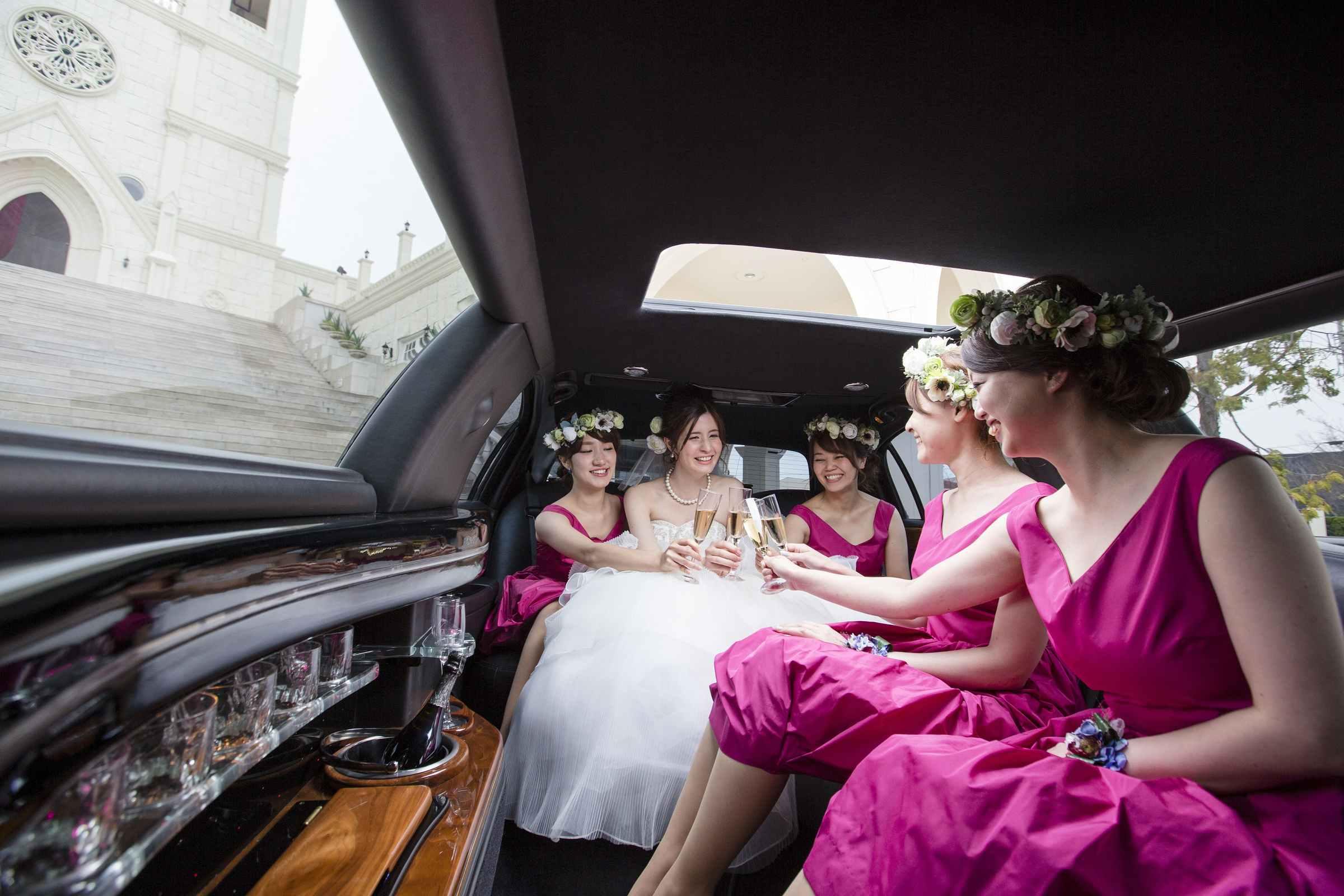 香川の結婚式場シェルエメール&アイスタイルのリムジン