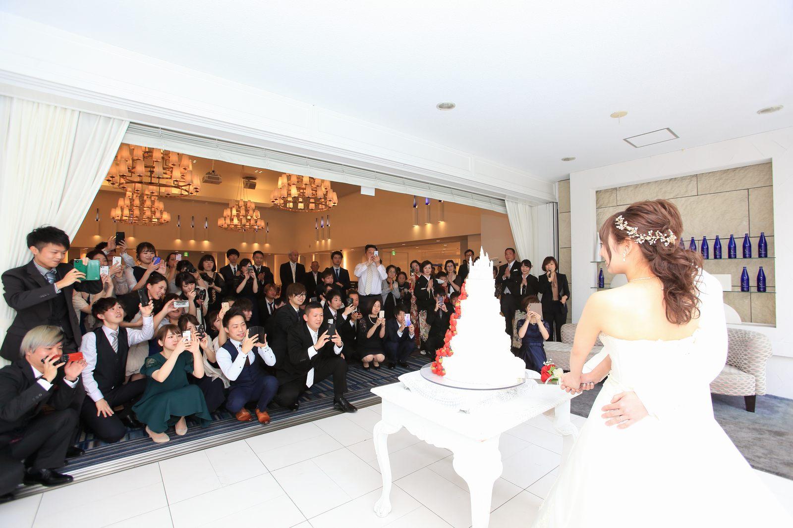 香川県の結婚式場シェルエメール&アイスタイル ケーキ入刀