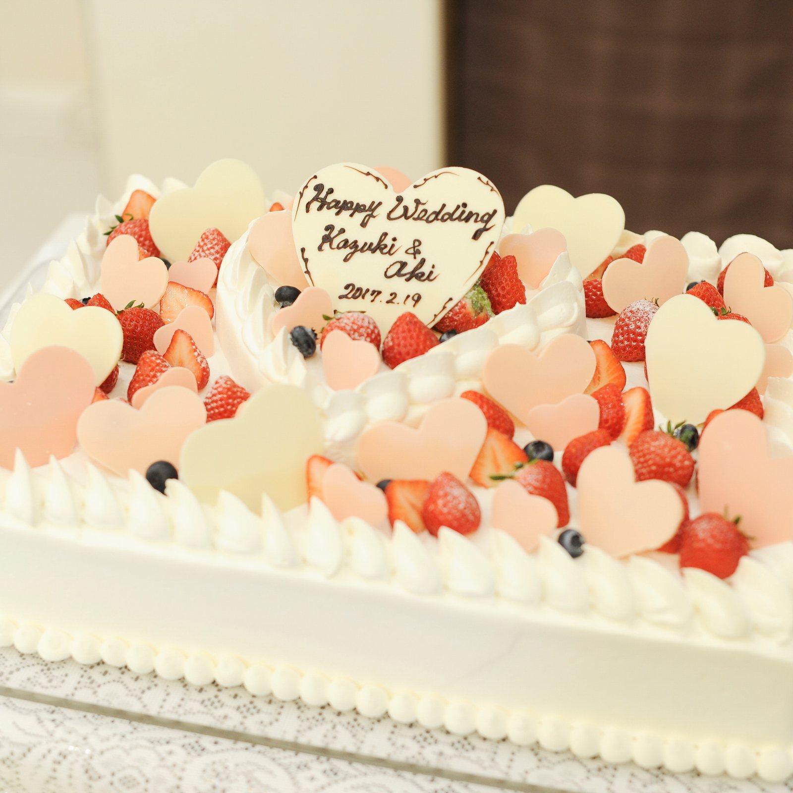 香川の結婚式場のシェルエメール&アイスタイルのバレンタインケーキ