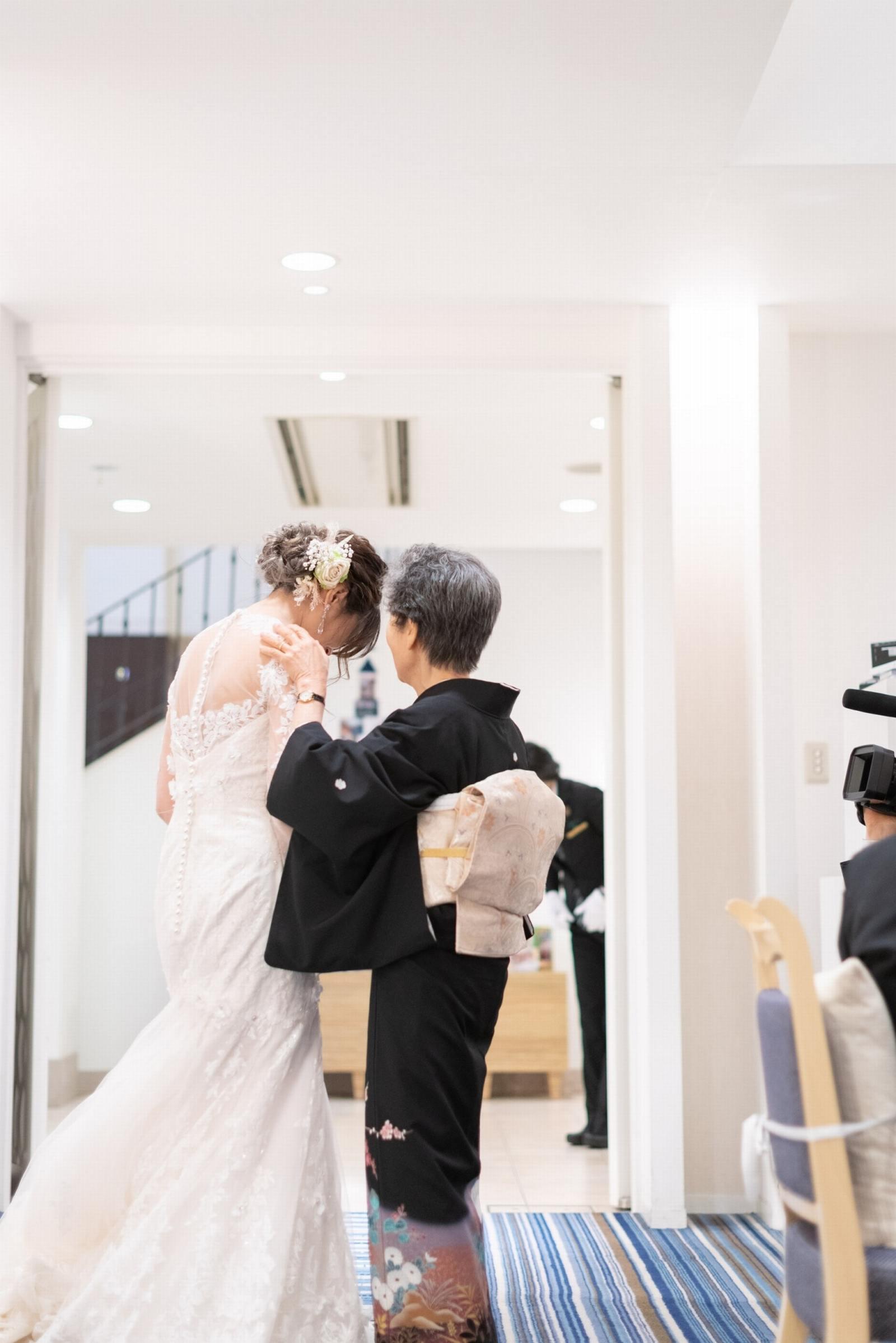 香川県の結婚式場シェルエメール&アイスタイル お色直し退場