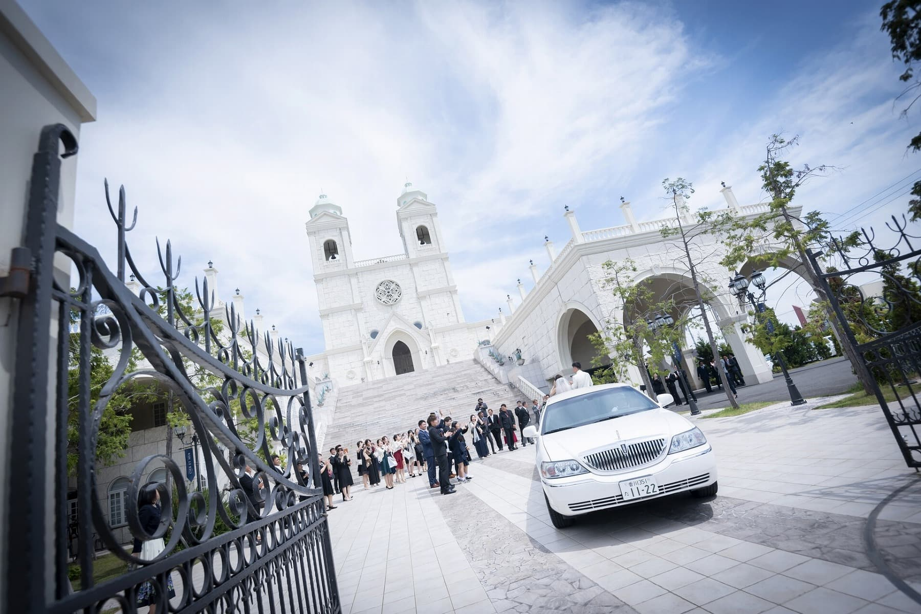 香川の結婚式場シェルエメール&アイスタイルでリムジン退場