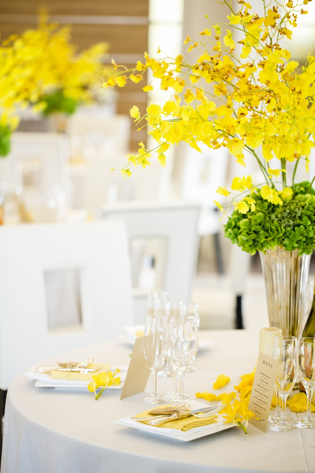香川県の人気の結婚式場のシェルエメール&アイスタイルのテーブルコーディネート