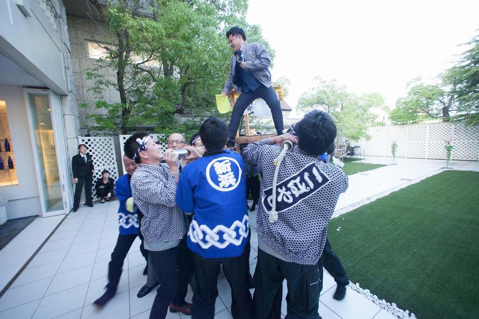 香川県の結婚式場シェルエメール&アイスタイルの余興みこし