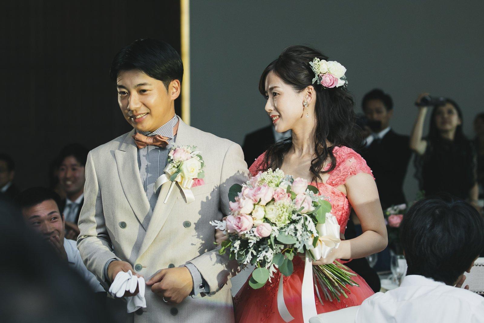 香川県の結婚式場シェルエメール&アイスタイル 新郎新婦入場
