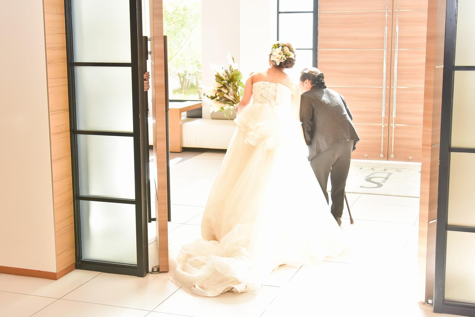 香川県の結婚式場シェルエメール&アイスタイルの新婦お色直し
