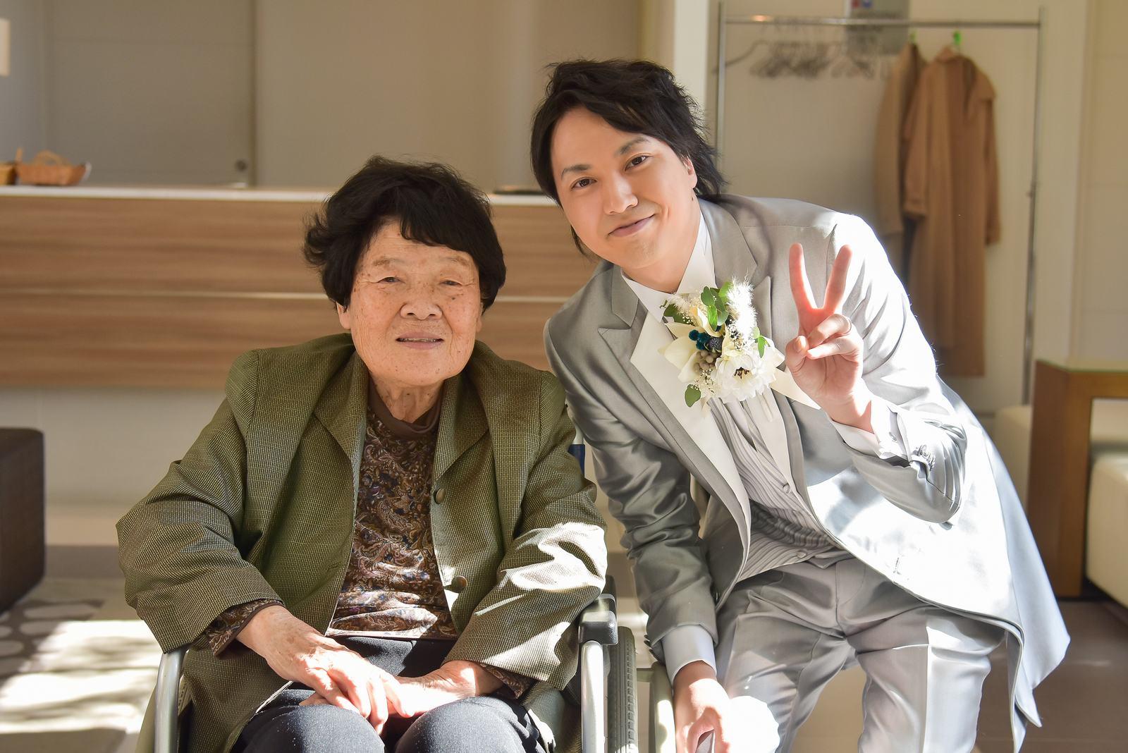 香川県の結婚式場シェルエメール&アイスタイルの新郎お色直し退場