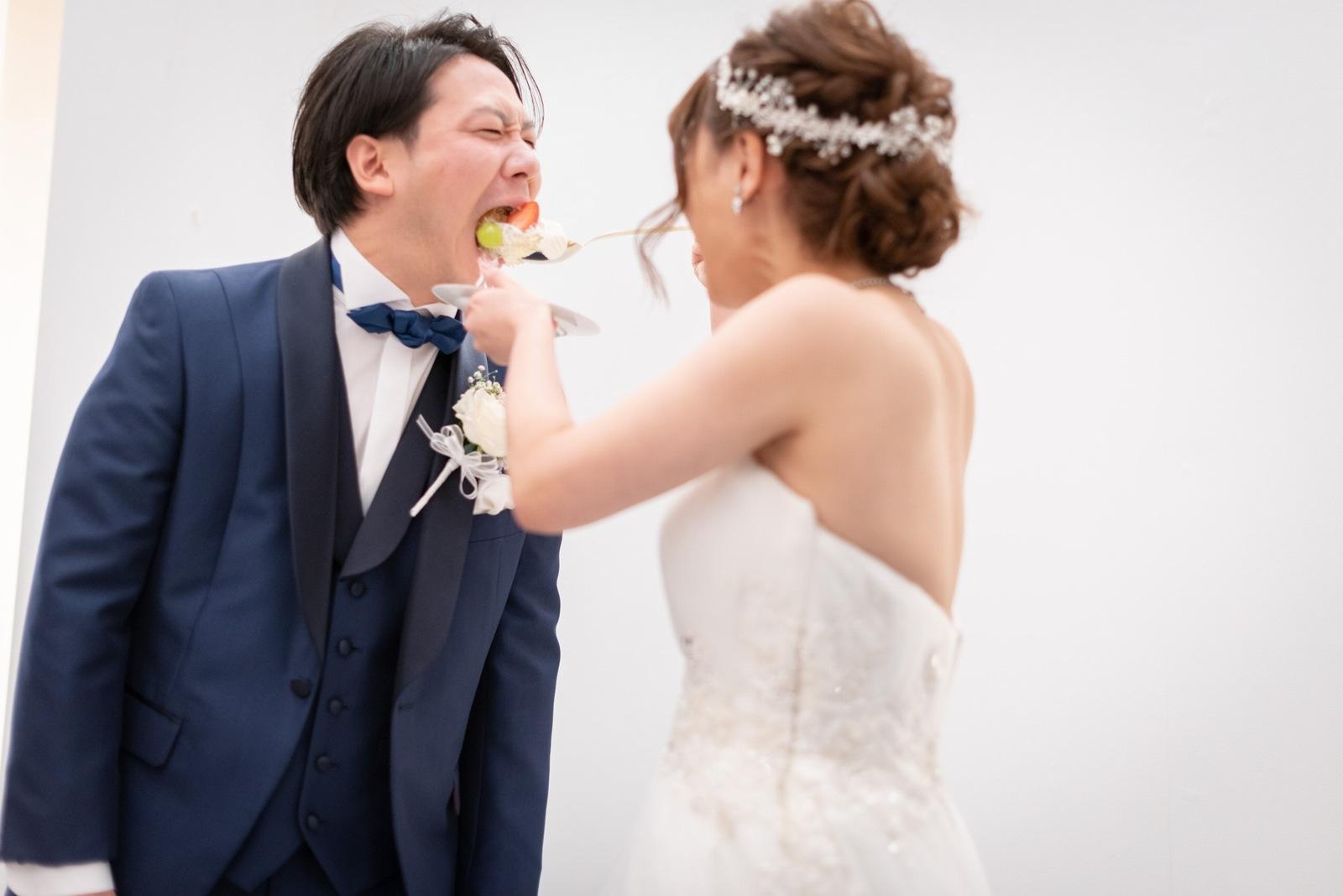 香川県の結婚式場のシェルエメール&アイスタイルのファーストバイト
