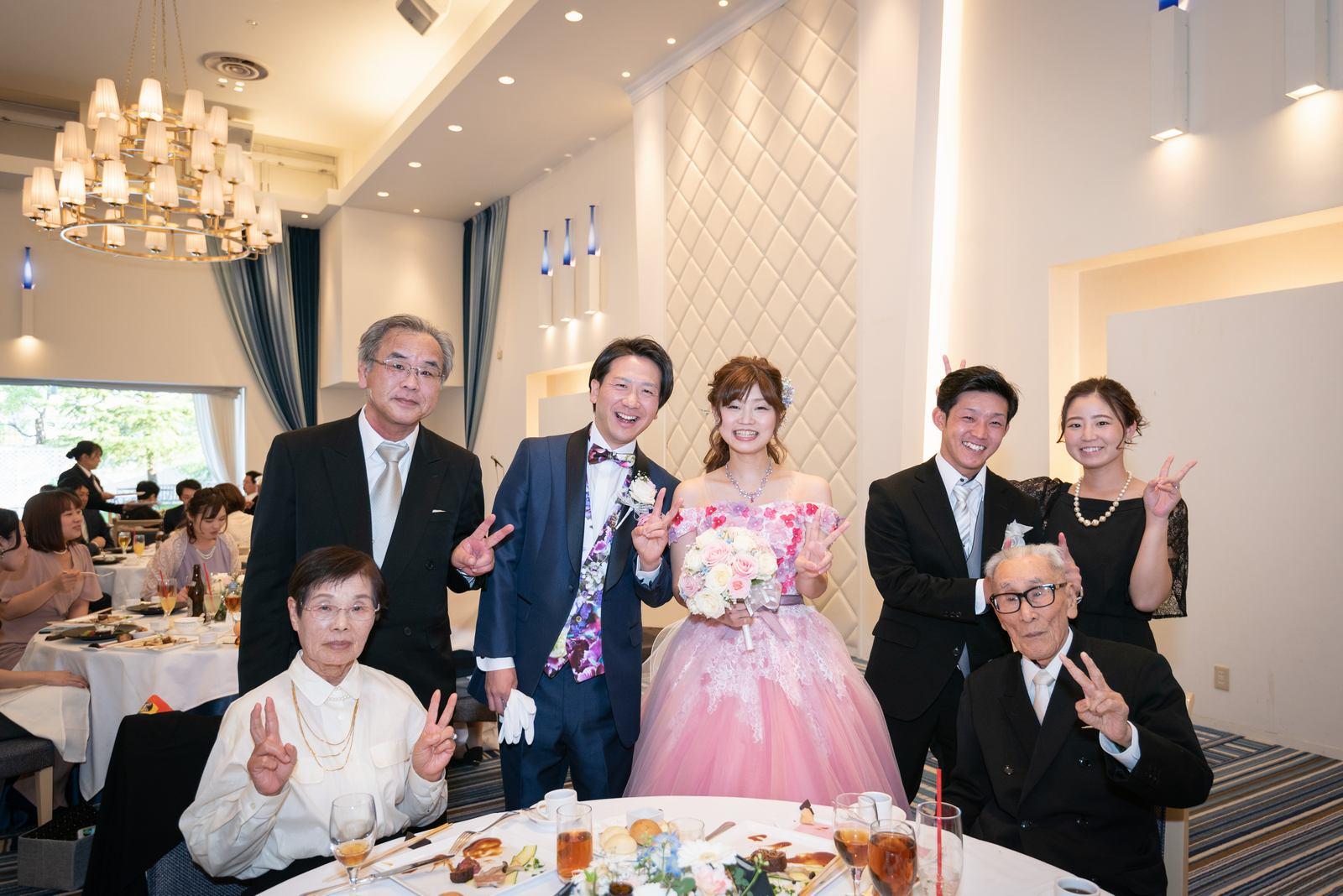 香川県の結婚式場のシェルエメール&アイスタイル テーブルフォト