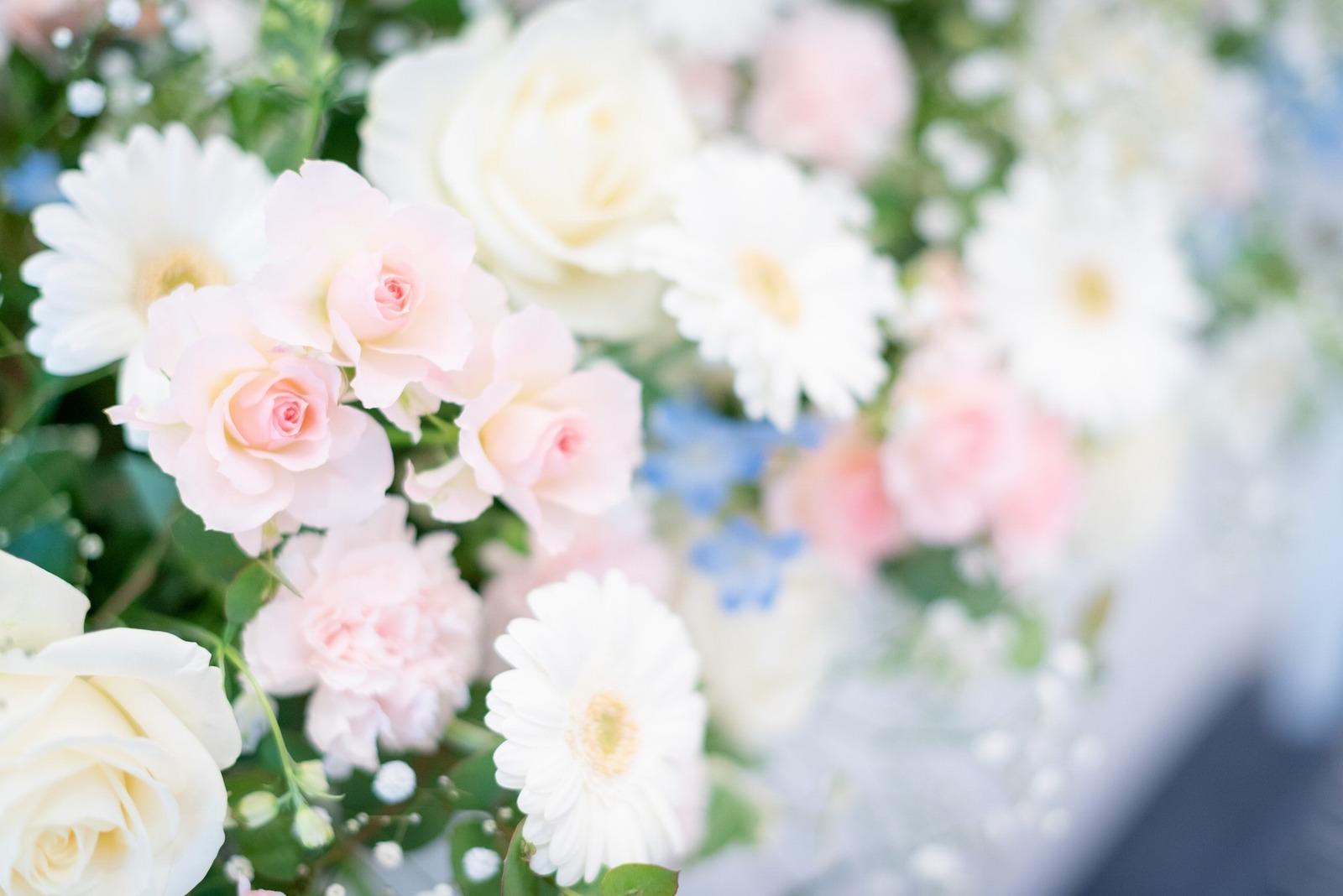 香川県の結婚式場のシェルエメール&アイスタイル 会場装花