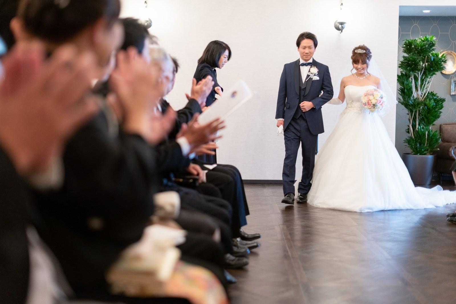 香川県の結婚式場のシェルエメール&アイスタイル 対面式