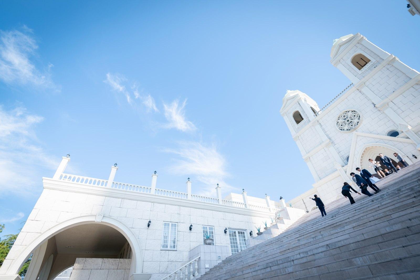 香川県の結婚式場のシェルエメール&アイスタイル 大階段