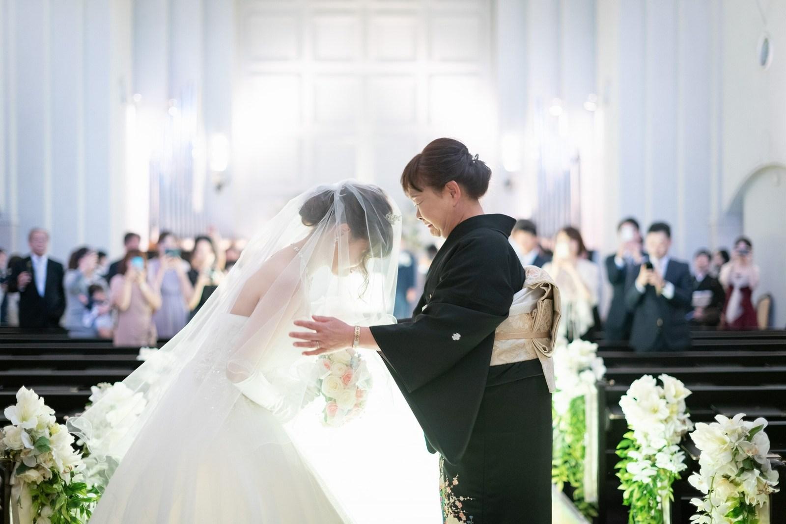 香川県の結婚式場のシェルエメール&アイスタイル ベールダウン