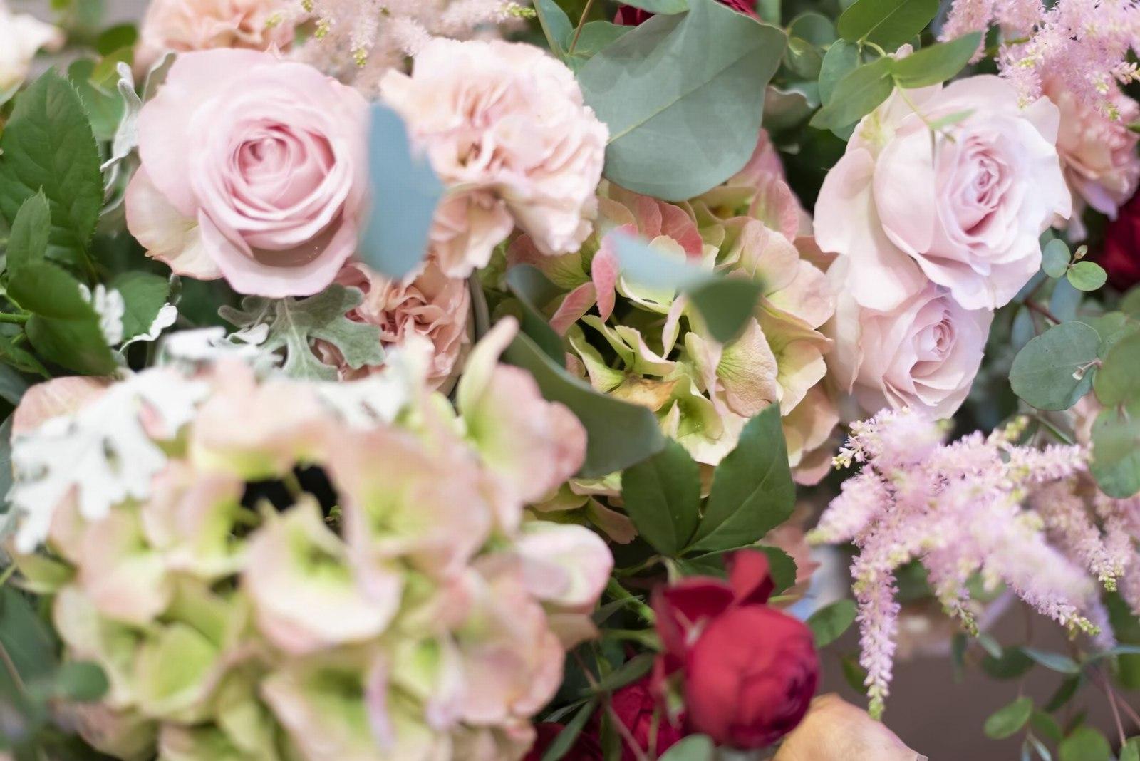 香川県の結婚式場シェルエメール&アイスタイルの会場装花