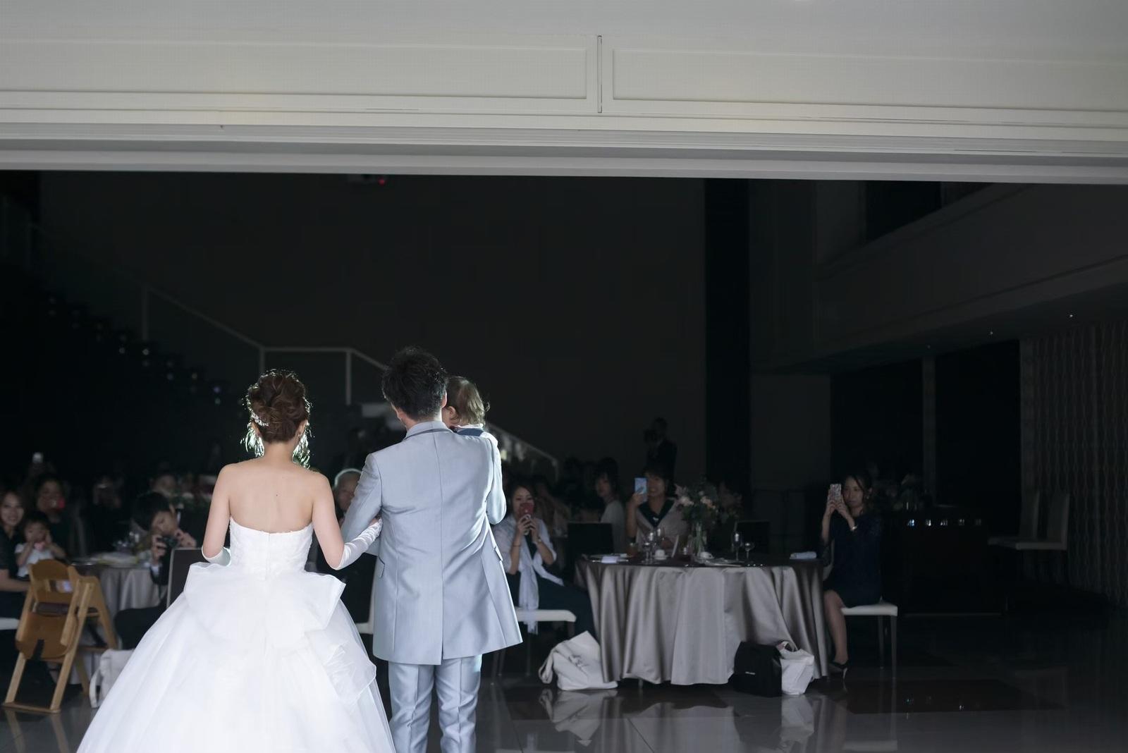 香川県の結婚式場シェルエメール&アイスタイルのガーデン入場