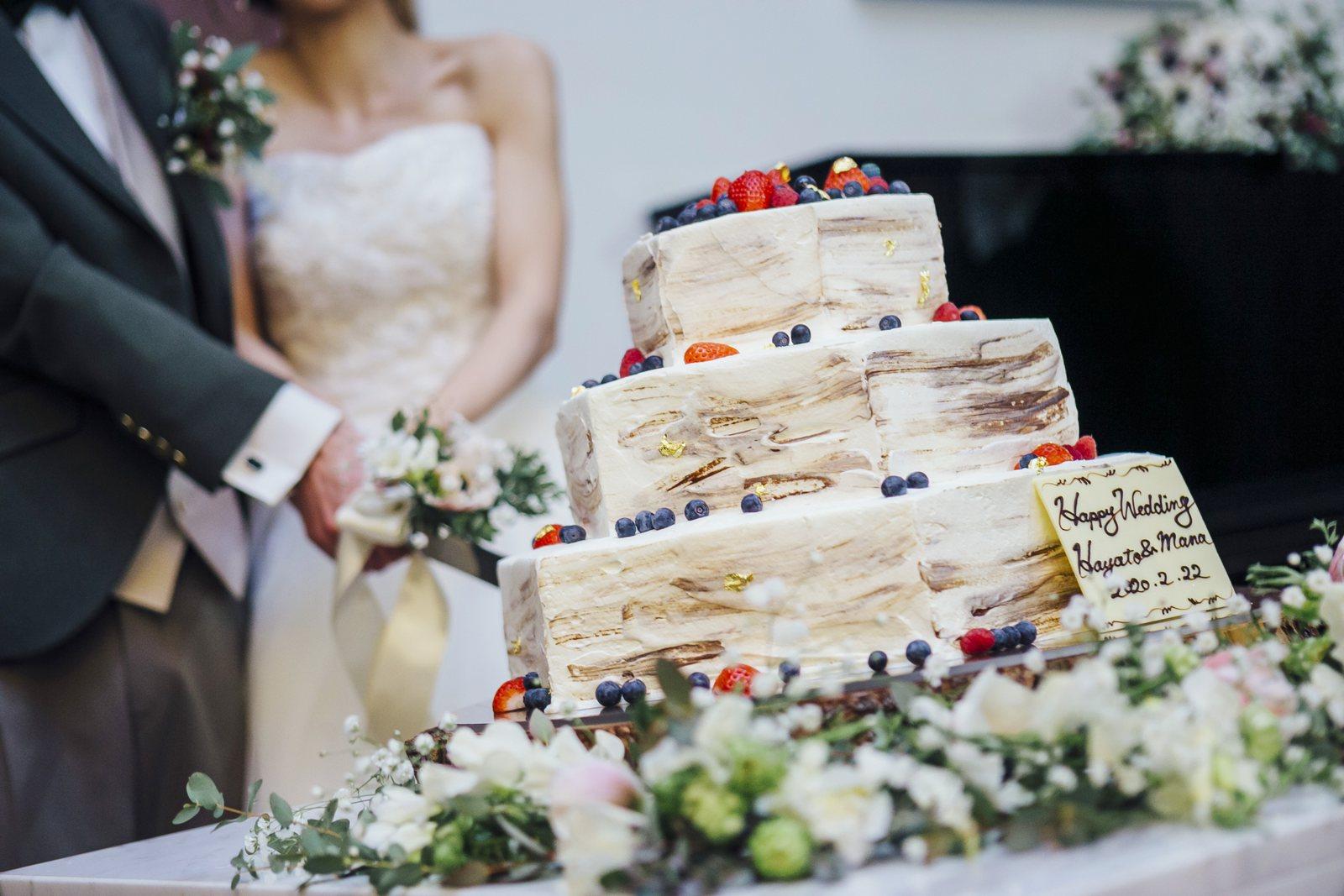 香川県の結婚式場シエルエメール&アイスタイルのウエディングケーキ