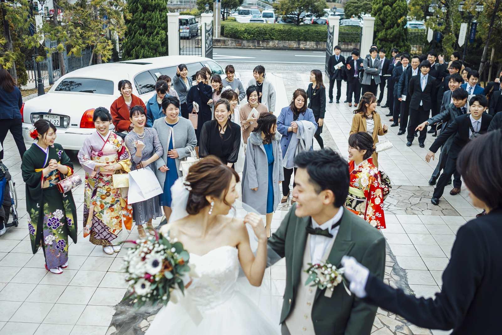 香川県の結婚式場シェルエメール&アイスタイルのブーケトス