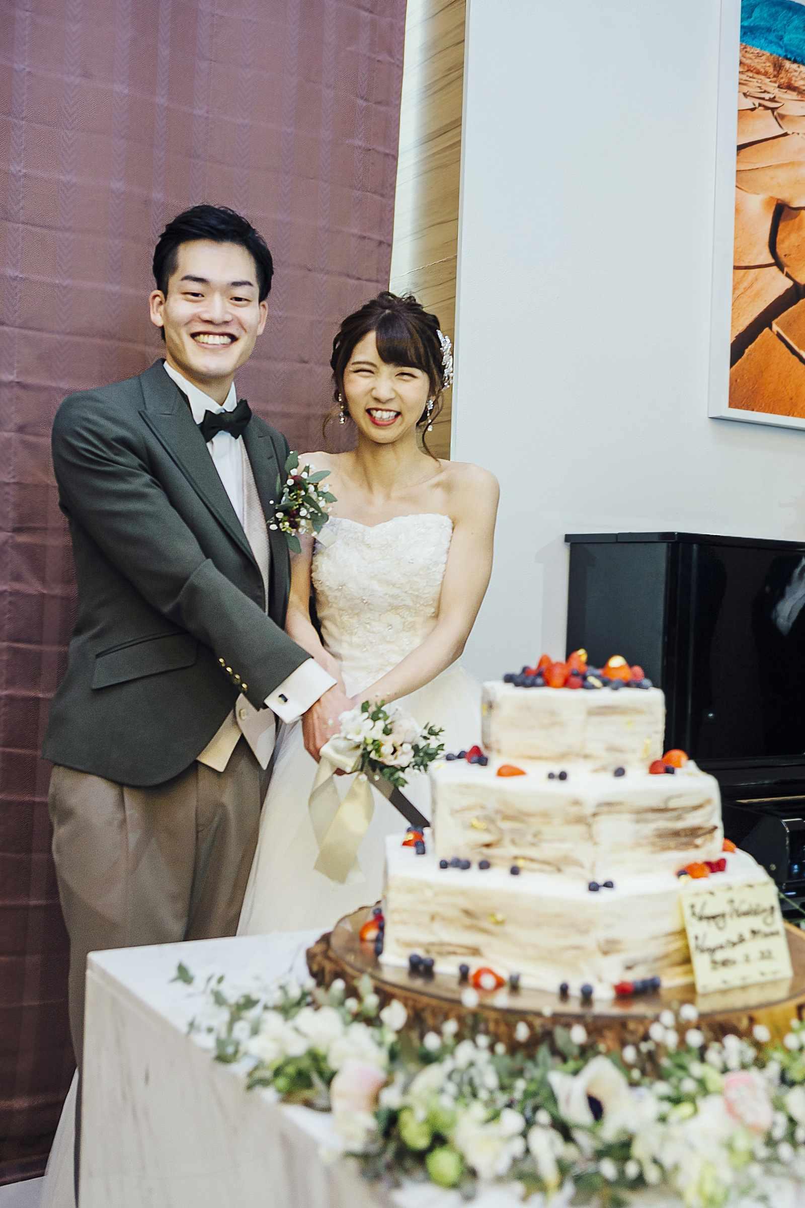 香川県の結婚式場シェルエメール&アイスタイルのウェディングケーキ