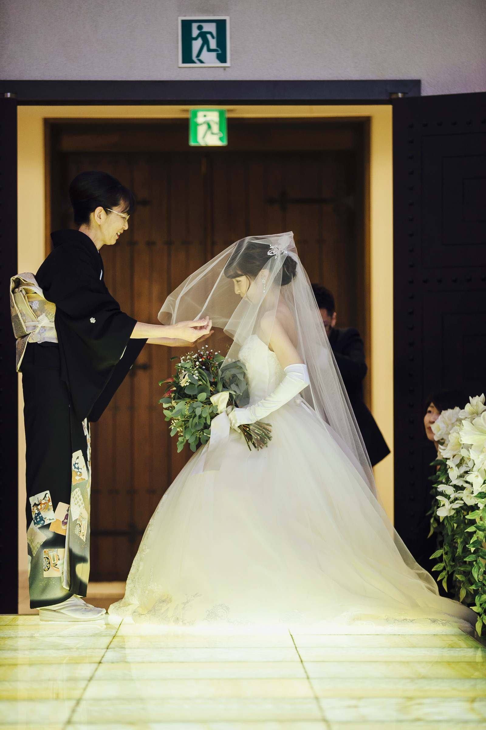 香川県の結婚式場シェルエメール&アイスタイルのベールダウン
