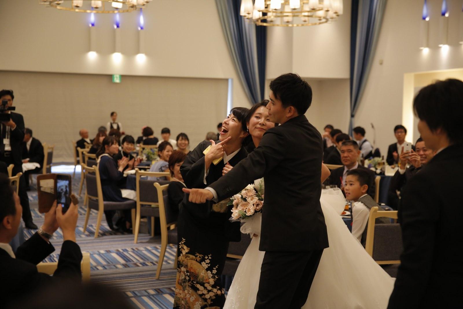 香川県の結婚式場シェルエメール&アイスタイルのお色直し