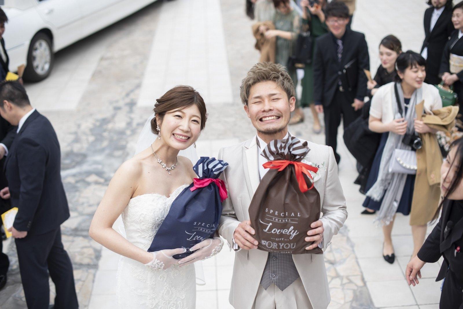 香川県の結婚式場シェルエメール&アイスタイルのプレゼントトス