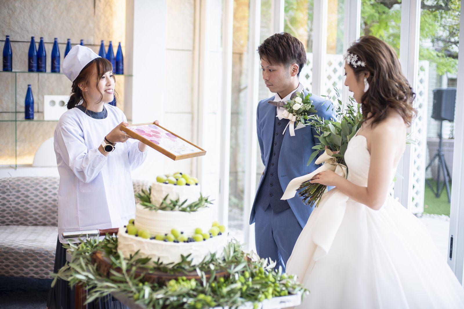 香川県の結婚式場シェルエメール&アイスタイルのウエディングケーキ
