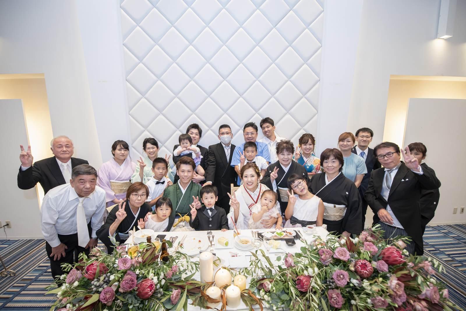 香川県の結婚式場シェルエメール&アイスタイルの集合写真