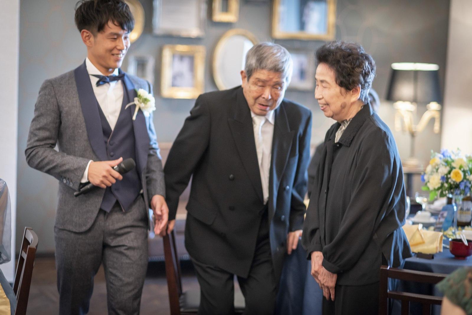 香川県の結婚式場シェルエメール&アイスタイルの親族紹介