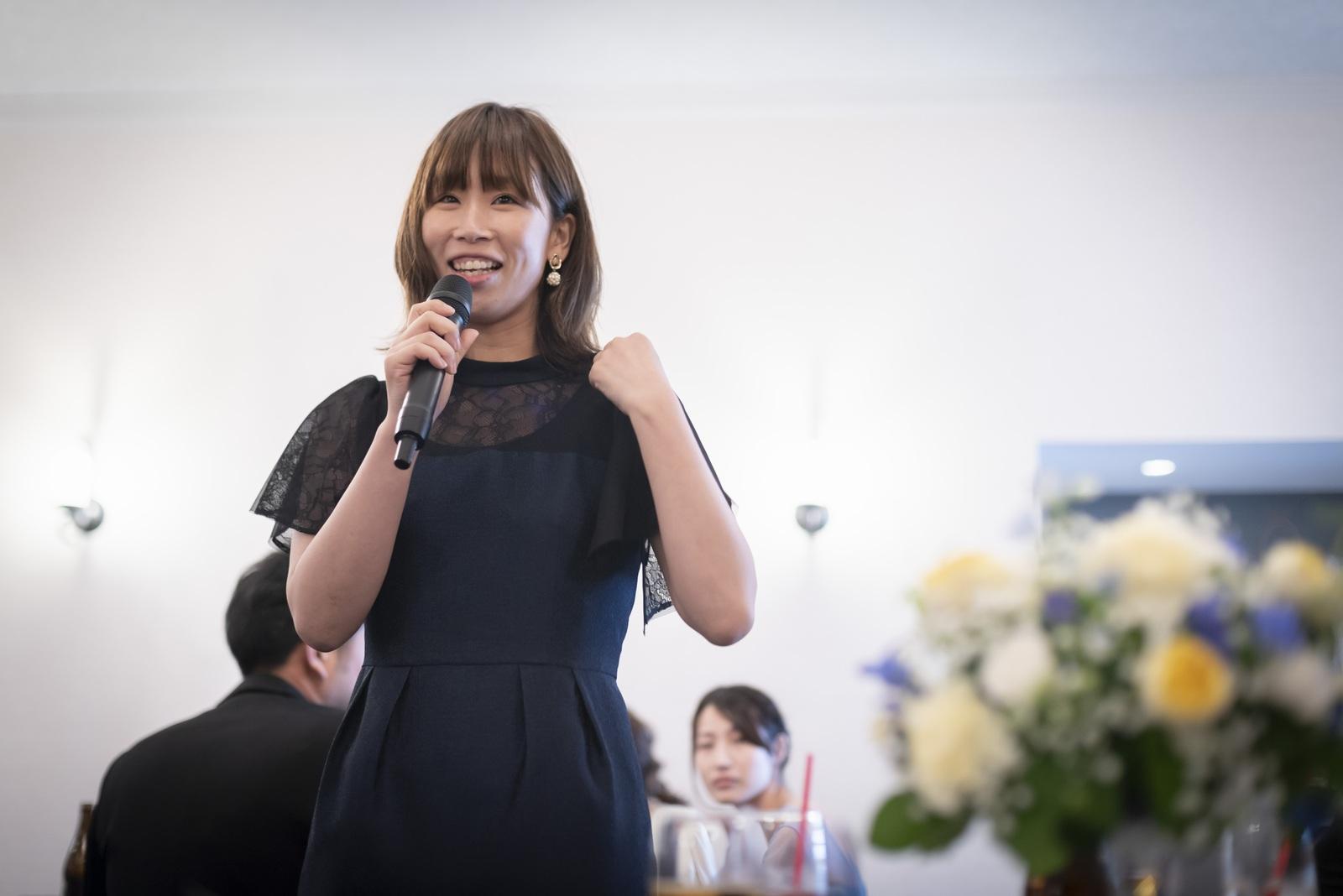 香川県の結婚式場シェルエメール&アイスタイルのテーブルスピーチ