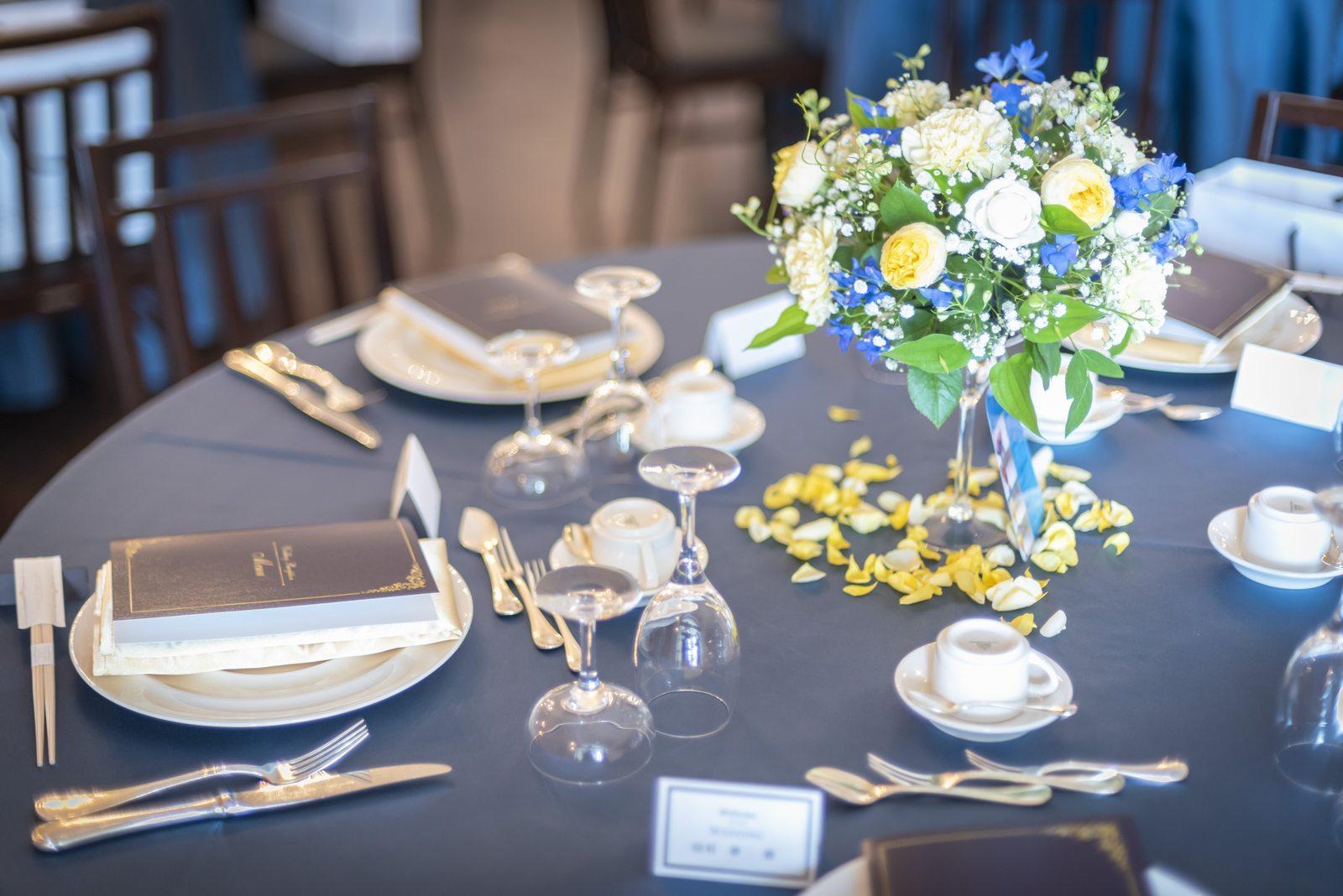香川県の結婚式場シェルエメール&アイスタイルのテーブルコーディネート