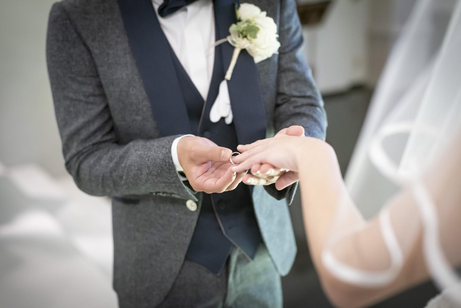 香川県の結婚式場シェルエメール&アイスタイルの指輪の交換