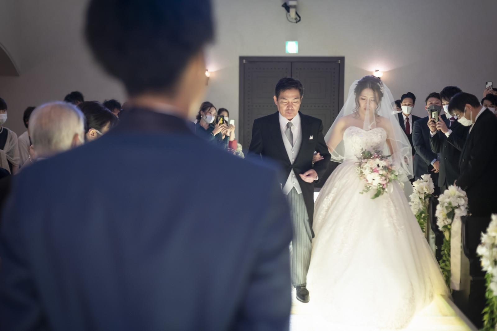 香川県の結婚式場シェルエメール&アイスタイルのバージンロード
