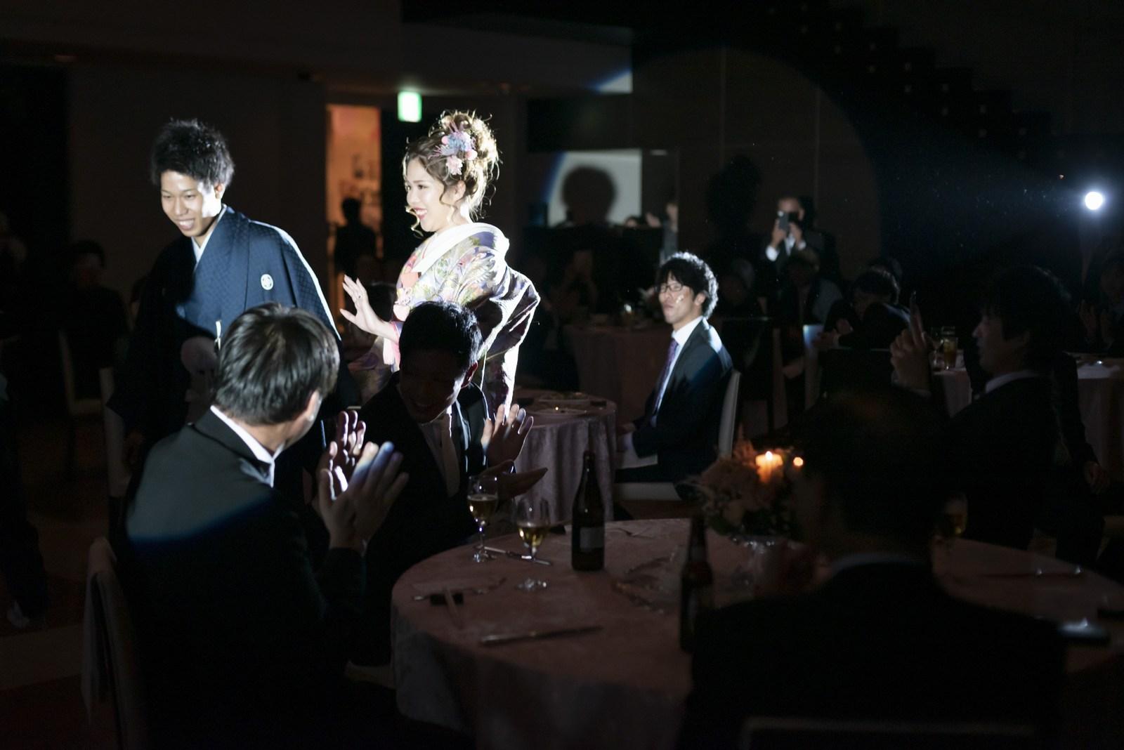 香川県の結婚式場シェルエメール&アイスタイルの和装入場