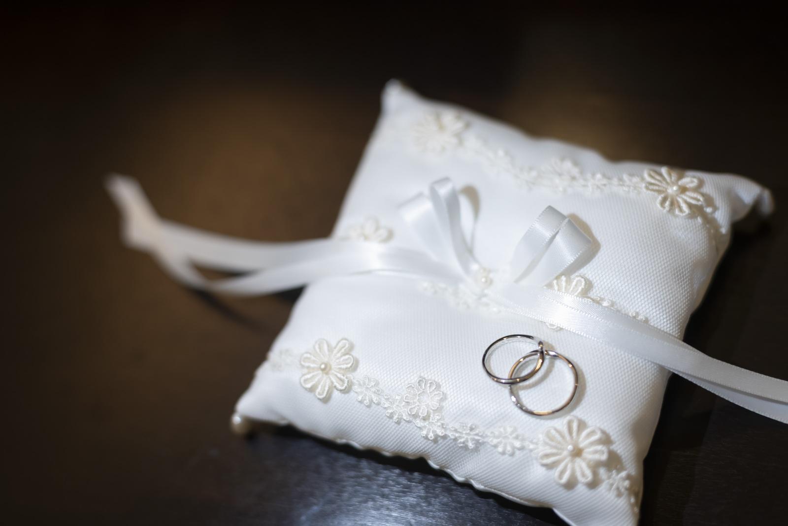 香川県の結婚式場シェルエメール&アイスタイルのリングピロー